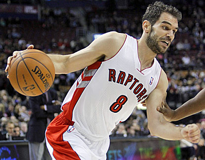 Jose Calderon scores 10 points in the third, hitting on five of six field goal attempts. He finishes with 14 points. (US Presswire)