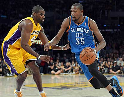 Kevin Durant unloads for 42 points in Oklahoma City's 116-101 win over the Lakers. (US Presswire)