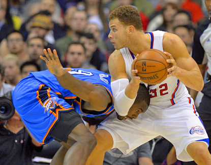 Serge Ibaka (left) is locked up by Blake Griffin during the Thunder's win. Griffin finishes with a team-best 31 points. (AP)