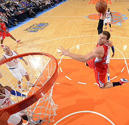 Blake Griffin shows off for the crowd at Madison Square Garden and finishes with 17 points and 12 boards in LA's win. (Getty Images)