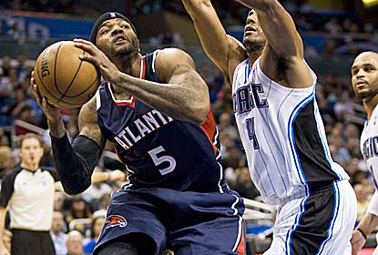 Josh Smith leads the way for the Hawks with 30 points and 10 rebounds against the Magic, losers of 24 of their past 27 games. (US Presswire)