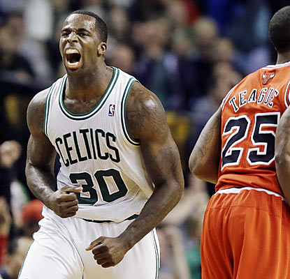 Brandon Bass finishes with a game-high 14 points in a contest featuring low scoring from both sides. (AP)