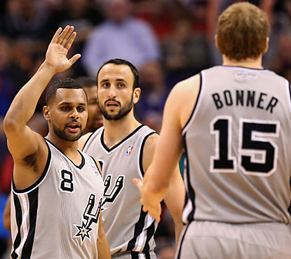 San Antonio keeps on rolling despite Tony Parker's absence. Six Spurs score in double figures in the win. (Getty Images)