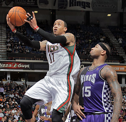 The shorthanded Bucks get a boost from Monta Ellis, who delivers 29 points and nine assists. (Getty Images)