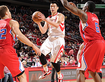 Jeremy Lin scores 15 points and is one of five Rockets in double figures in a 98-81 win over the Clippers. (Getty Images)