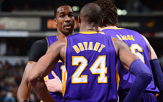 Kobe has words of encouragement; check your phones. (Getty Images)