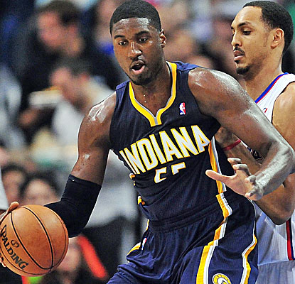 Roy Hibbert controls the paint with 26 points and 10 boards as the Pacers outlast the Clippers.  (USATSI)