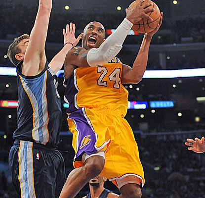 Kobe Bryant puts up 24 points and nine assists and the Lakers get a big win to remain in the No. 8 seed.  (Getty Images)