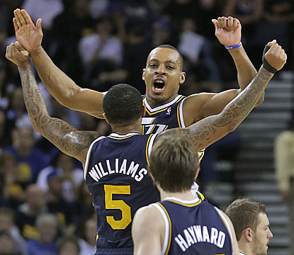 Mo Williams (5) scores a team-high 25 points to help Utah jump the Lakers in the Western standings. (AP)