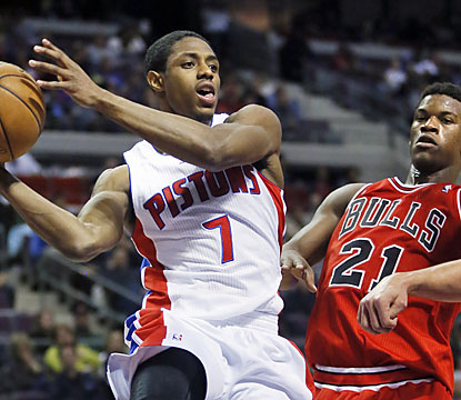 Brandon Knight's Pistons finally get in the win column against Chicago as well as end an eight-game home losing streak. (AP)