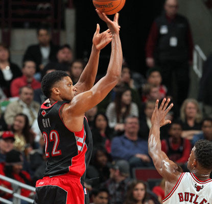 Rudy Gay puts up 19 points, one of five Raptors to reach double digits in scoring. (Getty Images)