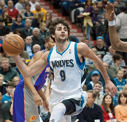 Ricky Rubio puts up a career-high 24 points and also contributes 10 assists and five steals in the win. (USATSI)