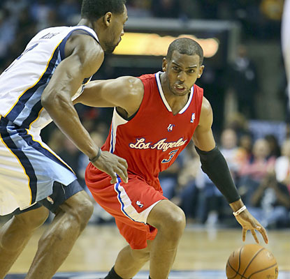 Chris Paul doesn't have one of his better stat lines, but he helps the Clips win with a key free throw with 18.3 ticks left. (USATSI)