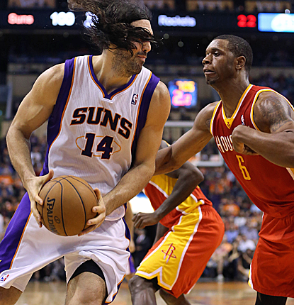 Luis Scola posts a double-double as the Suns deliver a big blow to the Rockets' chances of the 6 seed.  (USATSI)