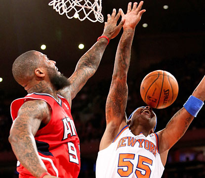 In a battle of backups, DeShawn Stevenson and the Hawks are unable to hold off the Knicks. (USATSI)