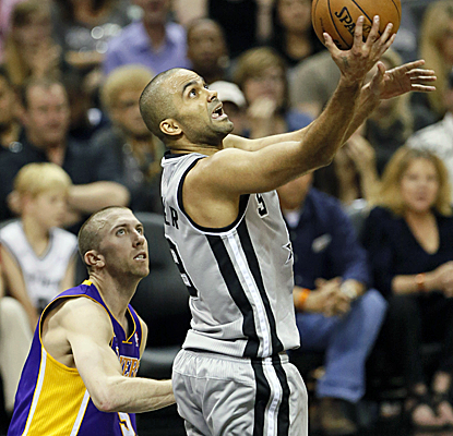 Tony Parker lives in the paint against the Lakers, combining with Manu Ginobili to score 36 points. (USATSI)