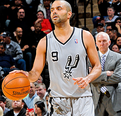 Tony Parker scores 28 points to lead the Spurs to a Game 2 victory and a 2-0 lead over the Lakers.  (Getty Images)
