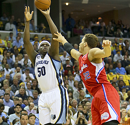 Zach Randolph posts 27 points and 11 boards to lift the Grizzlies back into the series.  (Getty Images)