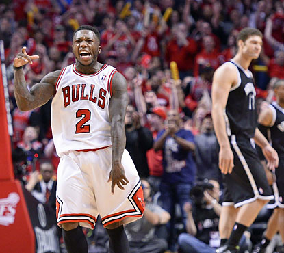 Nate Robinson (34 points) helps the Bulls overcome a 14-point deficit with under three minutes to go in the fourth. (USATSI)