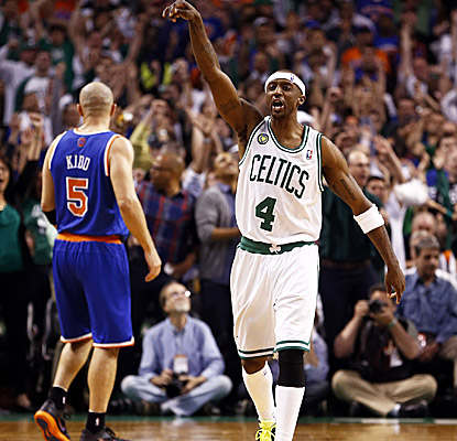A Jason Terry trey puts the Celtics ahead for good in overtime as Boston stays alive in the first round vs. the Knicks. (USATSI)