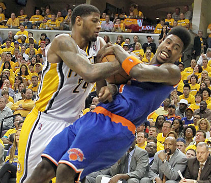 Iman Shumpert and the Knicks can't pull out a win against the Pacers, who hold the lead for all but 76 seconds in Game 3. (USATSI)