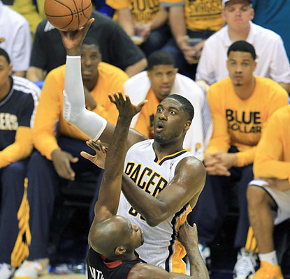 Roy Hibbert's 23 point and 12 rebounds lead the way for the Pacers. (USATSI)