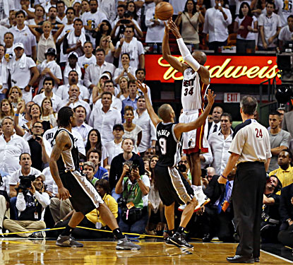Ray Allen makes a 3-pointer with 5.2 seconds to play, forcing overtime against the Spurs in Game 6. (USATSI)