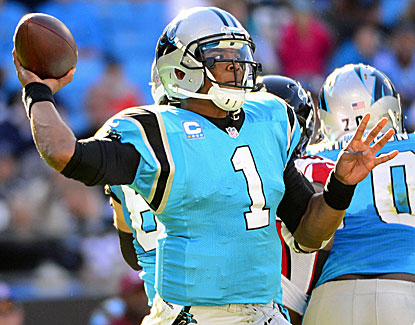 Cam Newton bounces back from a spotty start to throw for 249 yards, including a 14-yard touchdown pass. (USATSI)