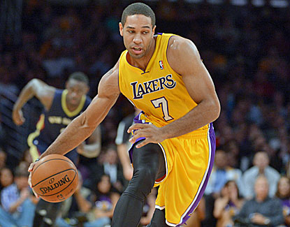 Xavier Henry scores 15 points for the Lakers, who run past New Orleans, 116-95. (USATSI)