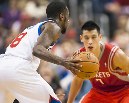 Jeremy Lin and the Rockets can't slow down Tony Wroten, who notches his first career triple-double (18-10-11). (USATSI)