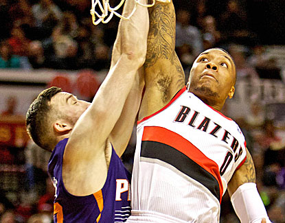 Portland's Damian Lillard suffers a tough shooting night but comes through with the game-winning shot. (USATSI)