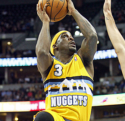 Ty Lawson registers a double-double with 14 points and 10 assists as the Nuggets defend their home floor.  (USATSI)