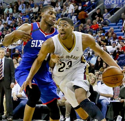 Anthony Davis piles up the numbers -- 13 points, nine rebounds, eight blocks -- as the Pelicans score at will vs. the 76ers.  (USATSI)