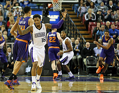 Kings rookie guard Ben McLemore scores a season-high 19 points as Sacramento edges Phoenix for the Suns' third straight loss. (USATSI)