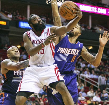 The Suns clamp down on Houston's James Harden, holding him to 3 of 17 from the floor, 0 for 10 from behind the arc.  (USATSI)