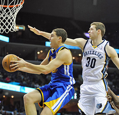 Klay Thompson pours in 30 points as the Warriors end an 11-game losing skid against the Grizzlies. (USATSI)
