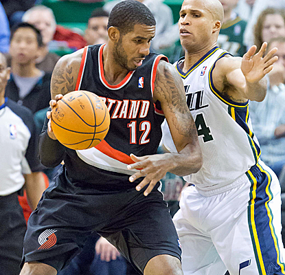 LaMarcus Aldridge puts up 24 points and the Blazers keep on winning, defeating the Jazz on the road.  (USATSI)