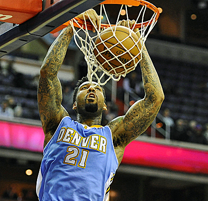 Wilson Chandler scores 17 points, and the Nuggets are able to pull out a defensive battle against the Wizards.  (USATSI)