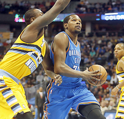 Kevin Durant (30 points) and the surging Thunder stay hot as they knock off the Nuggets in Denver. (USATSI)