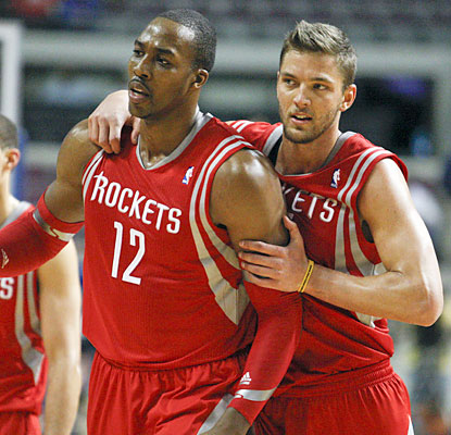 The Rockets, minus James Harden (ankle), lean on Dwight Howard, who scores a season-high 35 points and 19 boards. (USATSI)