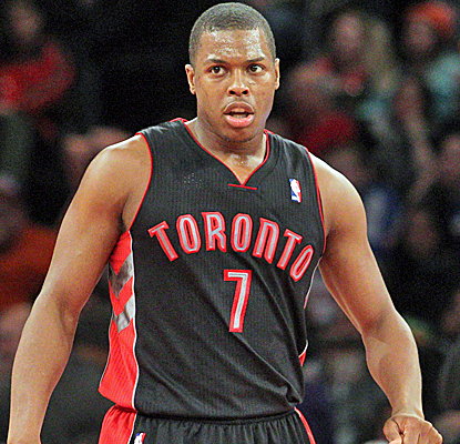 Kyle Lowry and the Raptors outscore the Knicks by 17 points in the fourth quarter to escape with the win.  (USATSI)