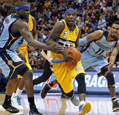 The Nuggets' losing is streak is over as Ty Lawson nets 18 points and adds 12 assists.  (USATSI)