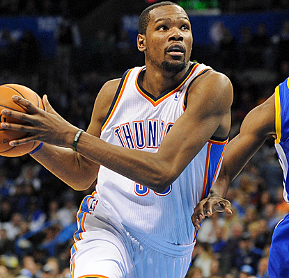 Kevin Durant goes for a career-high 54 points, the most in the NBA since Steph Curry's 54 at MSG last season.  (USATSI)