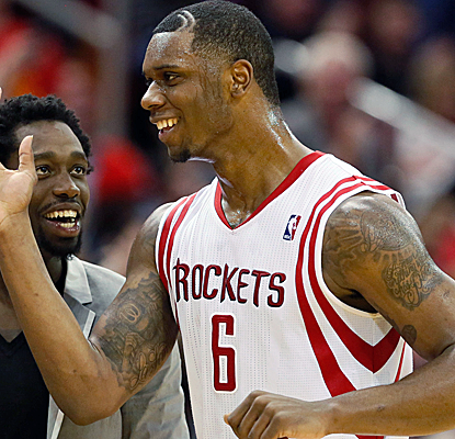 Terrence Jones scores 25 of his career-high 36 points in the first half to help the Rockets past the Bucks.  (USATSI)