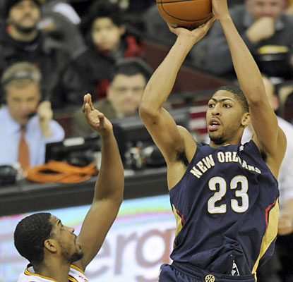 Anthony Davis fills the stat sheet against the Cavs. The Pelicans' big man puts up 30 points, eight blocks and seven boards. (USATSI)