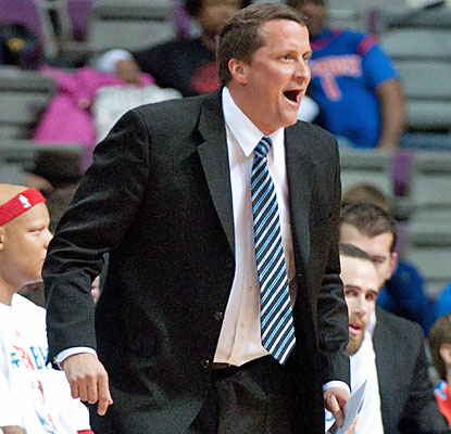 John Loyer comes away victorious in his first game as interim coach for the Pistons, who knock off the Spurs. (USATSI)