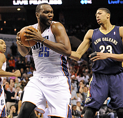 Al Jefferson has another huge night, racking up 33 points and 10 rebounds as the Bobcats win again.  (USATSI)