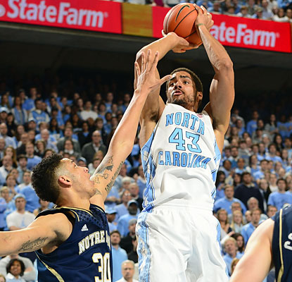 James Michael McAdoo (14 points) sinks the go-ahead basket to help North Carolina keep its win streak alive and well. (USATSI)