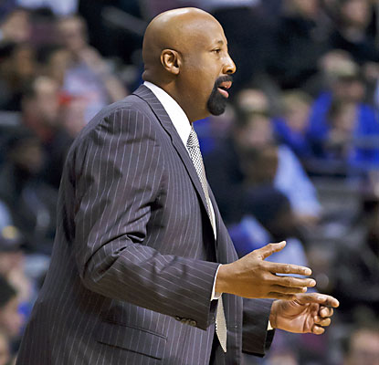 The Pistons, 1-7 in the last eight games, hand Mike Woodson's Knicks their 13th loss in the past 15 tries.  (USATSI)