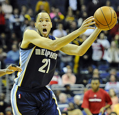 Tayshaun Prince is efficient from the field, shooting 8 of 11 for a team-high 21 points. (USATSI)